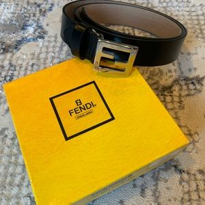 FENDI Silver Logo Leather Belt.. Like New!!!